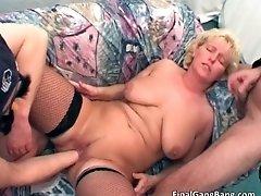 Big boobed nasty hot body blonde milf slut gets fingere