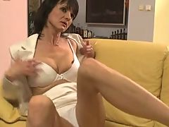 Mature Chelsea anal