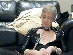 Aine squirting by masturbation