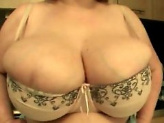 Big Natural Bouncing Tits