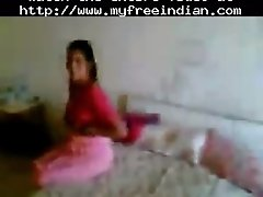Northindian aunty fucked by her bf in a hotelroom india
