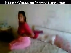 Northindian aunty fucked by her bf in a hotelroom matur