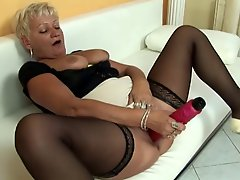 Blonde mature part 1
