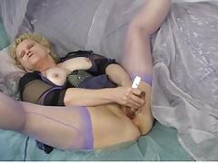 Sexy Granny 02