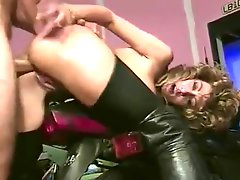 Classic Cougar In Boots Banging