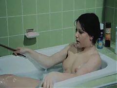 Janina Hartwig nackt in der Wanne 1982