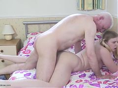 Old father fucks young daughter