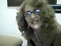 Mature Latina shows all on cam