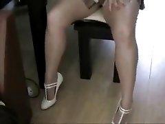 Pantyhose Jo Shows Off Her Miniskirt Legs