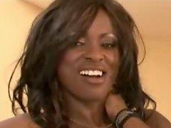 Busty Ebony Milf MIDORI in hot Anal action