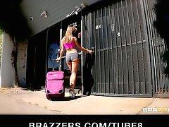 Sexy Big Ass Latin slut in bikini enjoys a hard anal ass fucking