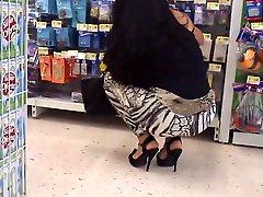 Crouching Mature Ass