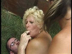Hungarian bbw granny lotta fucked by 2 men